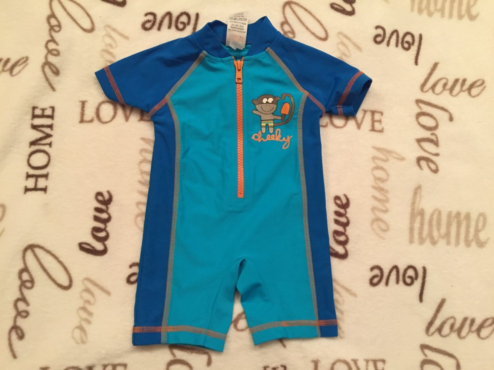 ca767510c6 Next 3 - 6 hó 8 kg kék alapon majom mintás fiú úszódressz /UV ruha ...