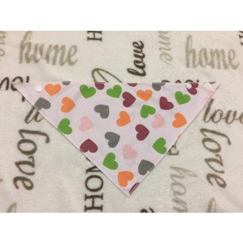 Carter's színes szívecske mintás másik oldalán rózsaszín pamut lány nyálkendő